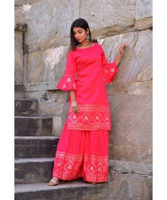 peach hand print silk kurta sets