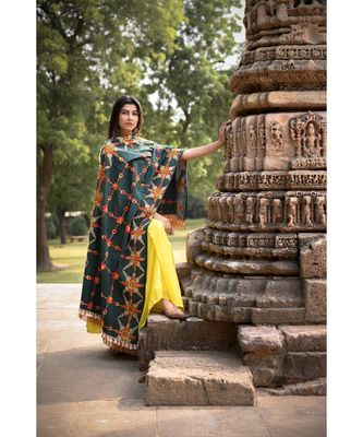 Poison Green Heavily Aari Embroidered Khadi Shawl/Dupatta with Kaccha Tassel Lace