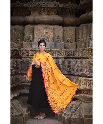 Mustard Floral Aari Embroidered Khadi Shawl/Dupatta With Wine Cotton Tassel Lace