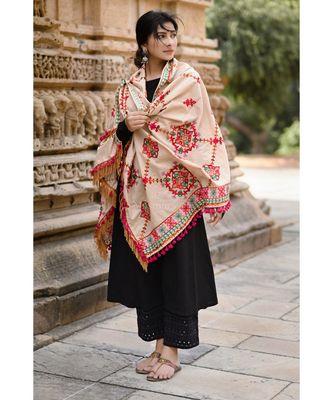 Beige Floral Motifs Aari Heavily Embroidered Khadi Shawl/Dupatta With Rani Tassel Lace