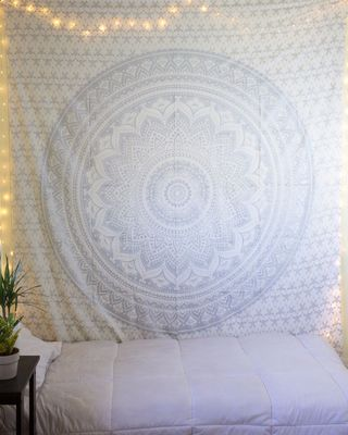 Indan 100% Cotton Queen Size Silver Ombre Tapestry