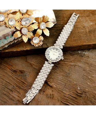 silver smart look designer full of diamond party watch