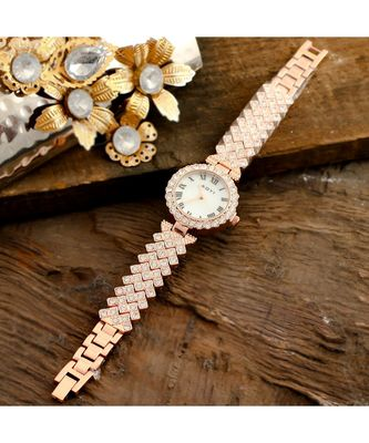 Rose Gold Party Look Full Of Diamond Collection