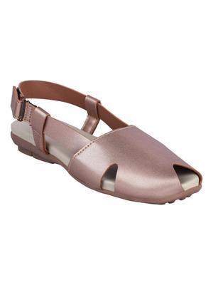 leatherette Stylish pink Flat Sandal For Women