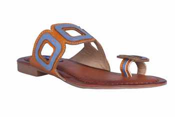 Women Tan  one toe Sandal