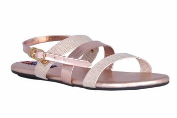 Women pink flat sandals