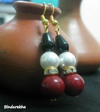 Red_White_Shell_Pearl_Onyx_Earrings