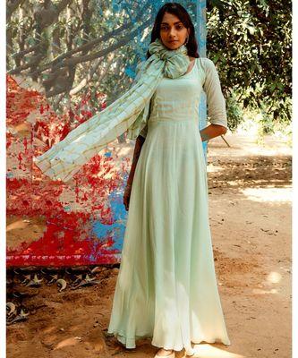 Kanta green embroidered cotton silk kurta-sets