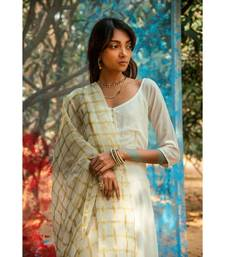 Vassini White embroidered cotton silk kurta-sets