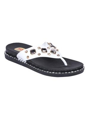 leatherette Stylish Fancy white Platform Sandal For Women