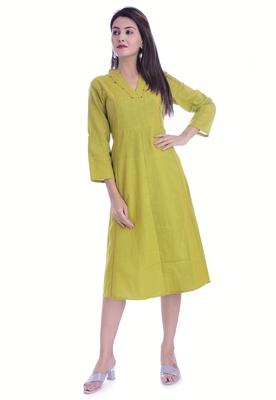 Green Color Cotton Slub Fabric Straight Kurti