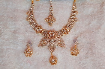 Traditional AD Zircon Stone Gold Plated White Fancy Stylish Party Wear Wedding necklace earring mangtika set