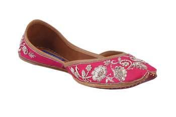 MSC-Women- pink  slip on jutis