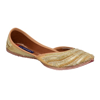 Embroidered Genuine Leather  slip on Juttis
