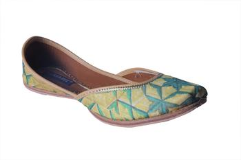 green & yellow  slip on printed Juttis
