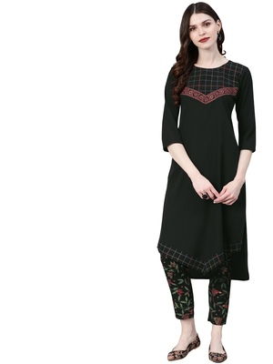 Women's Black Colour Solid Straight Crepe Kurta With Pant
