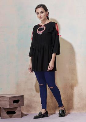 Black embroidered viscose rayon long-tops