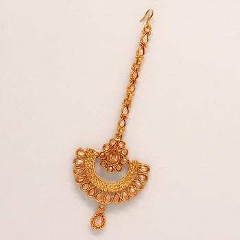Gold maang-tikka