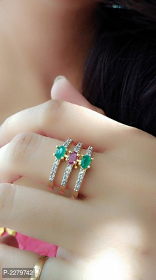 Multicolor rings