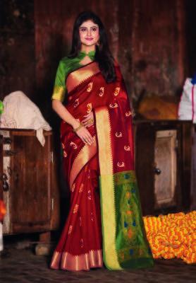 Maroon hand woven bengal handloom saree with blouse