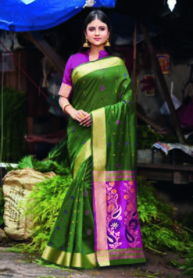 Green hand woven bengal handloom saree with blouse