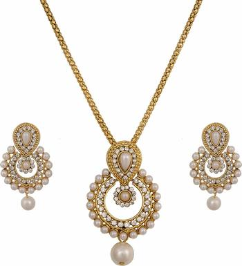 Ramleela Gold Pearl Necklace-Sets