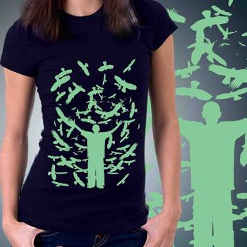 Birds Casual Womens T-shirt at low price
