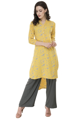 Women Yellow Printed rayon Straight Kurti