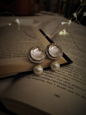 Silver Tone Victorian Polki Earrings With Pearls