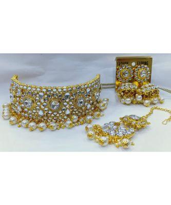 Ethnic Indian Bollywood White Kundan Pearl Choker Jewelry Set