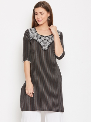 Women Black Color Floral Emrboidered Cotton Kurti