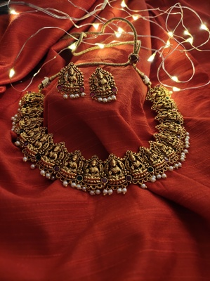Gold Tone Temple Work Necklace Set With Pearls
