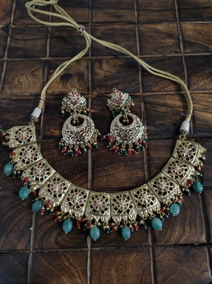 Multicoloured Gold Tone Jadau Necklace