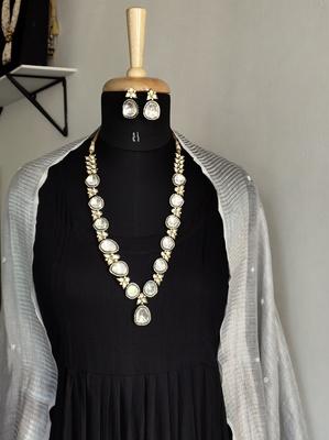 Silver Tone Uncut Victorian Necklace Set