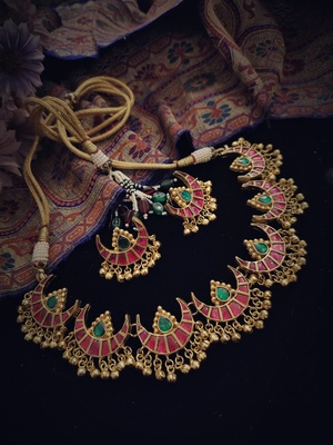 Pink Green Gold Tone Polki Necklace With Earrings