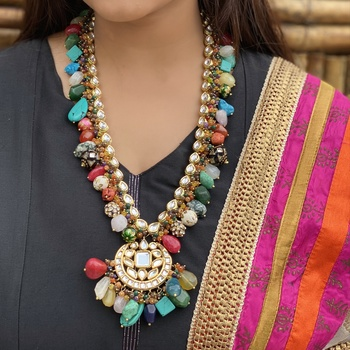Navrattan Gold Tone Necklace