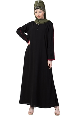 Black plain abaya with marron sleeves