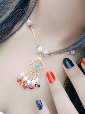 Multicolor diamond necklaces