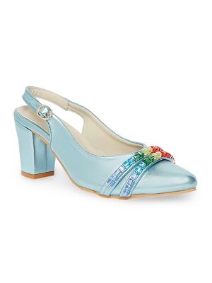 blue solid rubber sandals