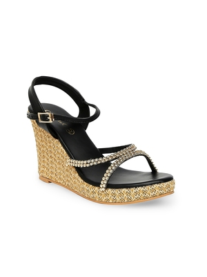 beige solid rubber sandals