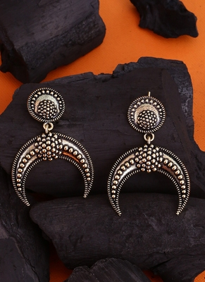 Baigani Half Moon Drop Earrings