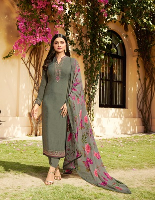 Green embroidered crepe semi stitched salwar with dupatta