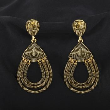 Trendy Golden Spring Circles Dangler Earrings
