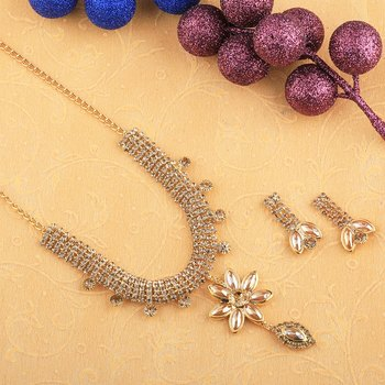 Goldplated Designer Traditional Diamond  Necklace for women jewellery