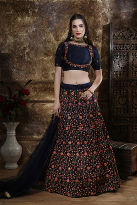 Green Heavy Embroidered Work Unstitched Lehenga Choli With Blouse