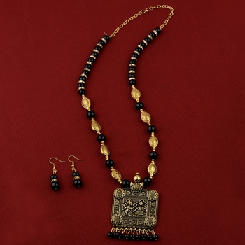 Adjustable Gold Oxidised Square Pendant Black Pearl mala set for Women girl
