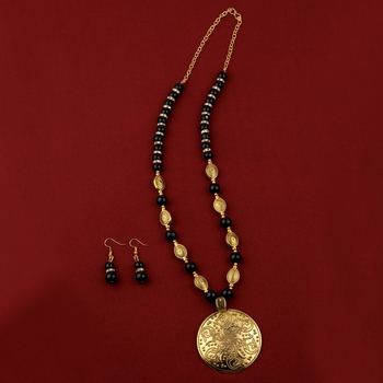 Adjustable  Different Gold Oxidised Pendant Black Pearl mala set for Women girl