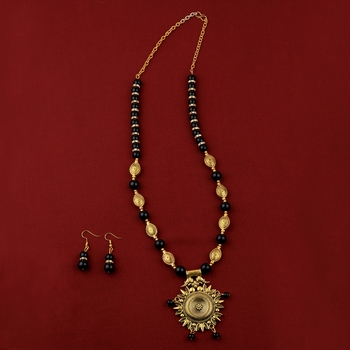 Ethic Designer Adjustable Gold Oxidised Pendant Black Pearl mala set for Women girl