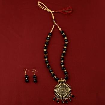 Amazing  Adjustable Oxidised Pendant Designer Mala Set Jewellery For Women Girl