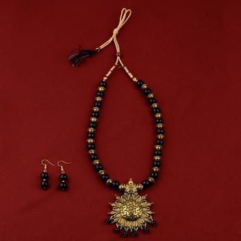 Designer Adjustable Gold Oxidised Pendant Black Pearl mala set for Women girl